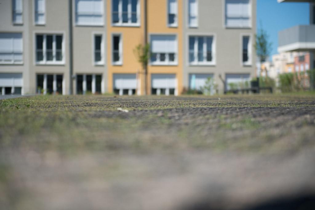 Aufenthaltsfläche aus Rasengittern